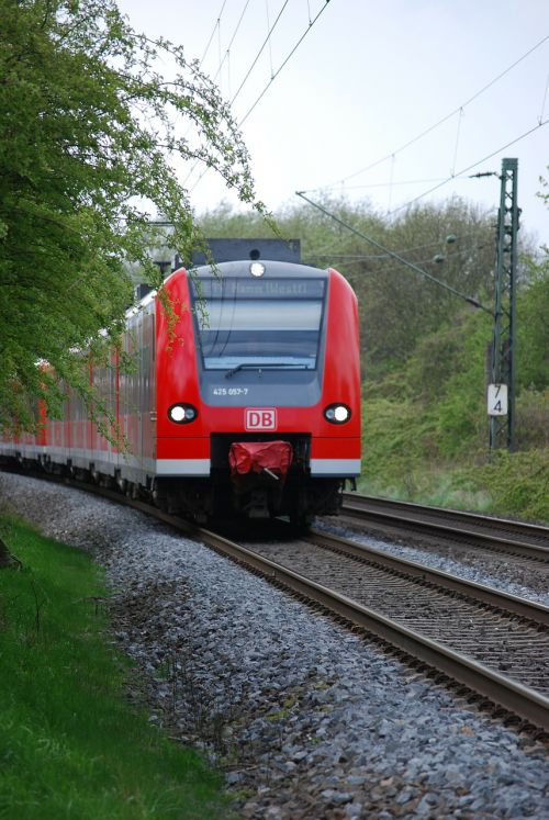 s bahn train traffic