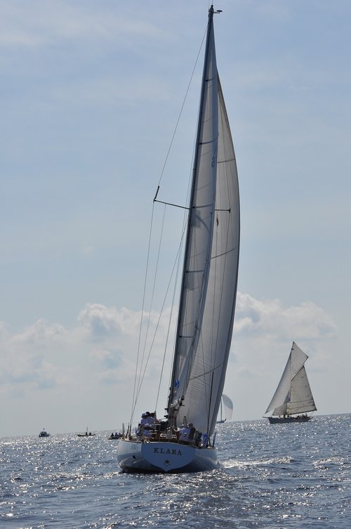 s y klara  sailing  classic yachts
