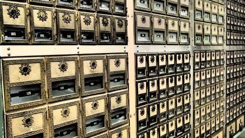 safe deposit box post office