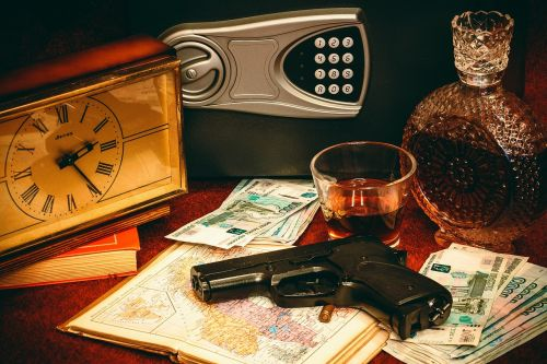 safety deposit box gun money