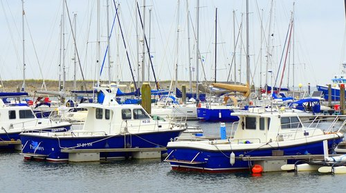 sail  port  sailing vessel