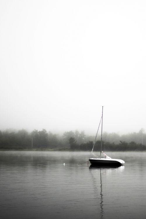 sail boat anchoring