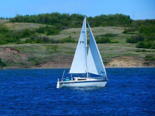 sail boat sailboat sailing