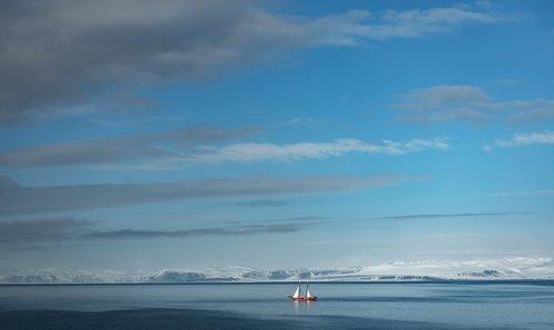 sail boat  water  sea