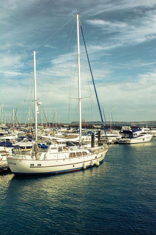 sailboats boat sea