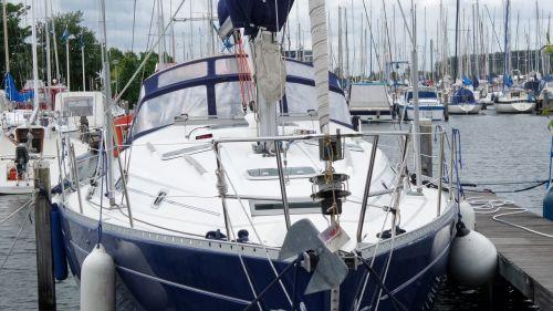 sailboat holland wharf