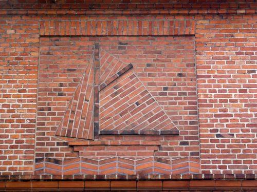 sailing boat wall brick