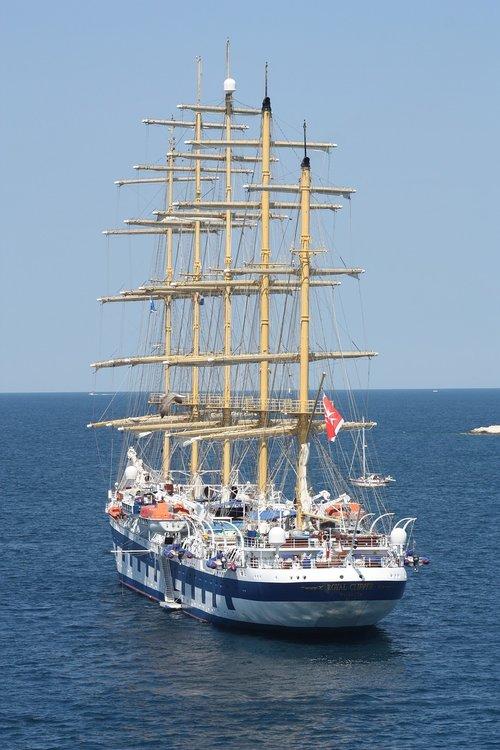 sailing boat  sea  sailing vessel