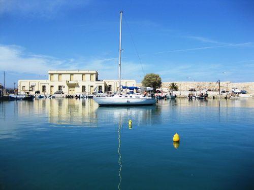 sailing boat boot port