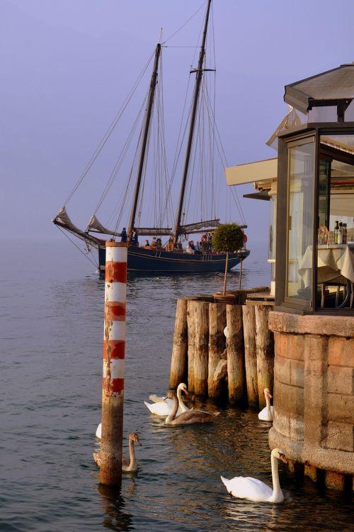 sailing ship mooring lake