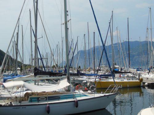 sailing ships sea coasts