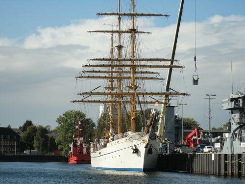 sailing vessel gorch fock training ship