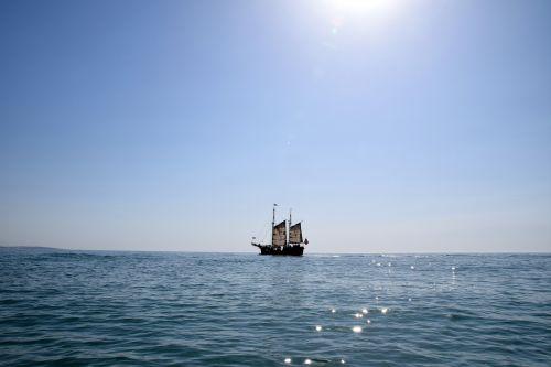 sailing vessel sea sailor