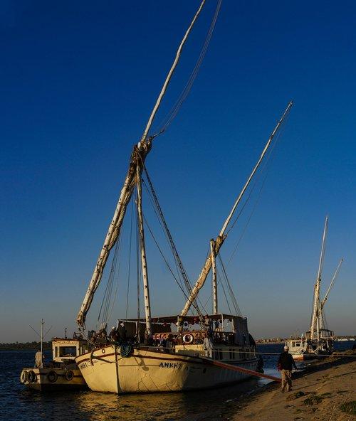 sailing vessel  nile  egypt