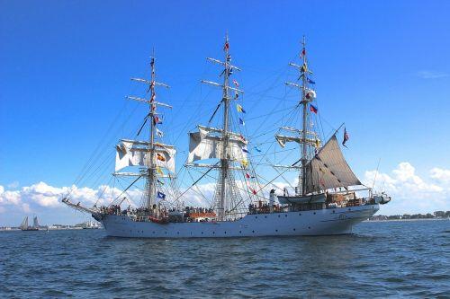 sailing vessel sail sea