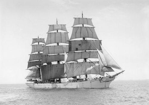 sailing vessel three masted ship