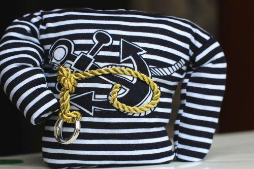 sailor rings rope