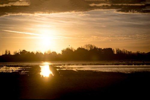 saint-gilles-cross-of-life  givrand  sunset