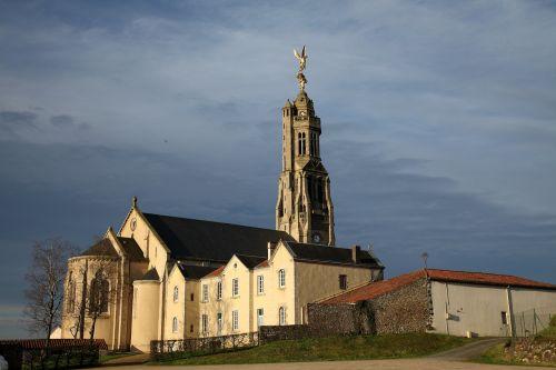 saint michel mont mercure church vendée