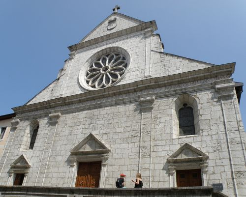 saint pierre cathedral annecy