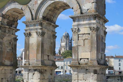 šventai,charente-maritime,france,bažnyčia,katedra,saint pierre,triumfinė arka,pierre,mėlynas,arka