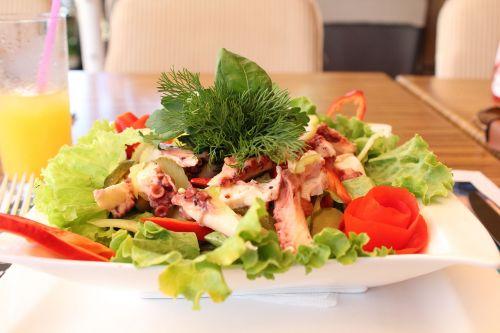 salad octopus greens