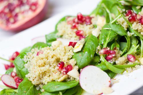 salad spinach pomegranate