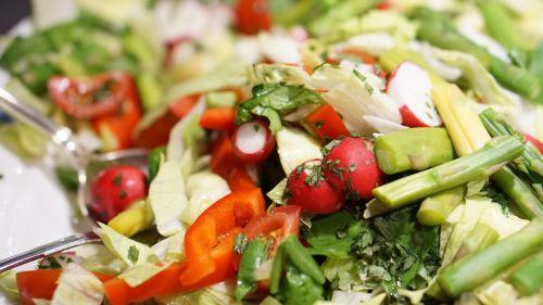 salad radishes cucumber