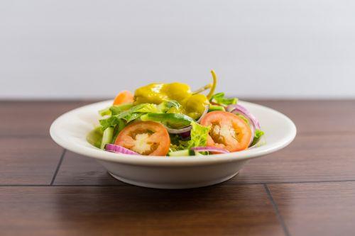 salad green salad tomatoes