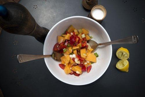 salad  melon  paprika