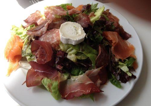 salad food delicious
