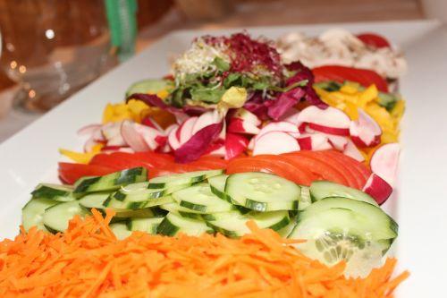 salad tomatoes paprika