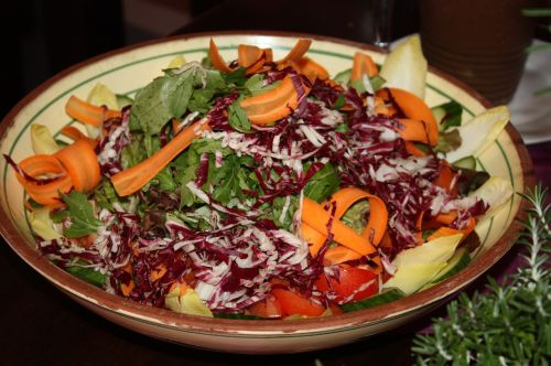 salad bowl salad appetizing