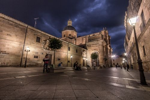 salamanca plaza church