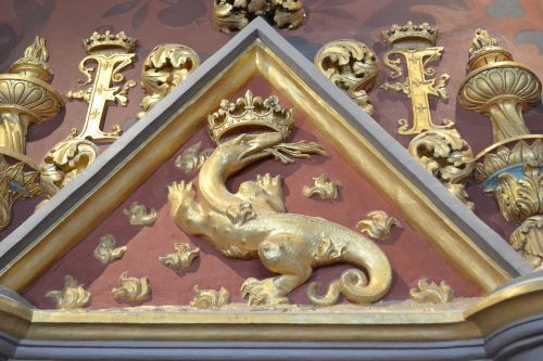 salamander emblem of king monogram