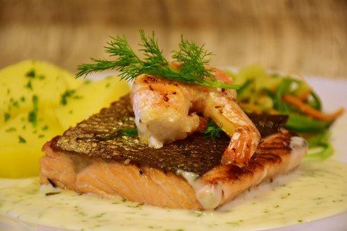 salmon  fish  scampi