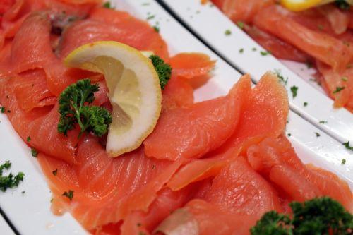 salmon parsley lemons