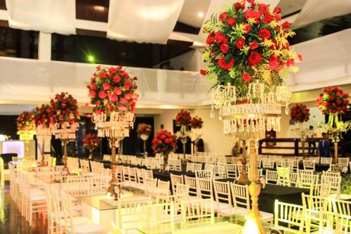 salon prom interior