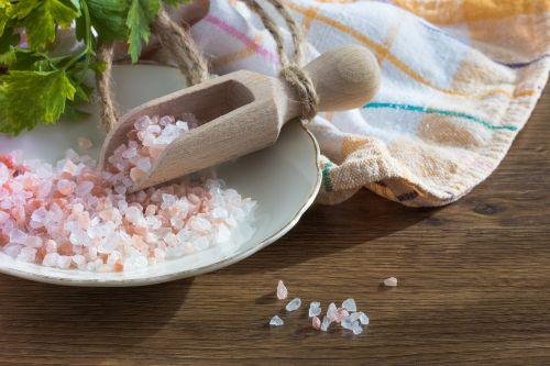 salt grains himalayan salt