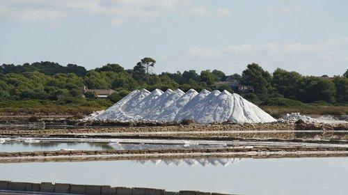 salt  salt pans  mallorca