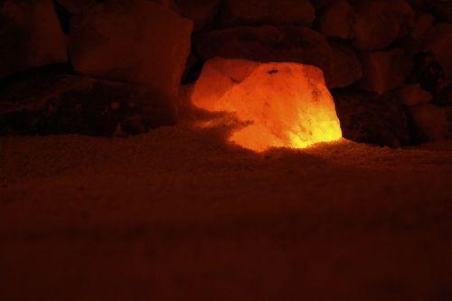 salt crystal lighting cozy