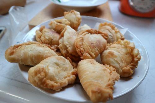 samosas sweets food