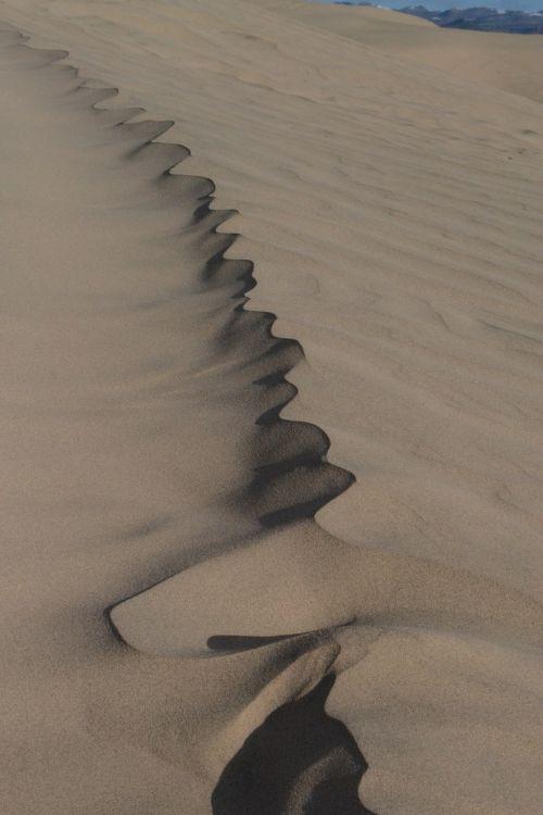 sand shadow sand dunes