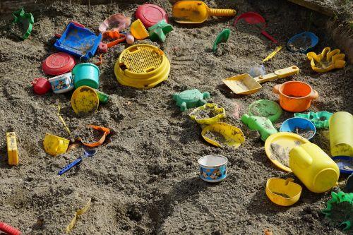 sand box play