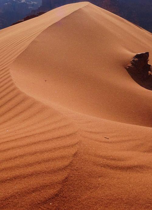 sand desert dune