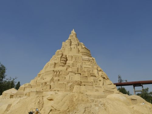 sand castle sandburg