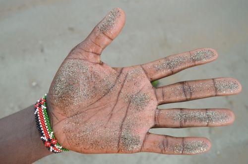 sand hand fingers