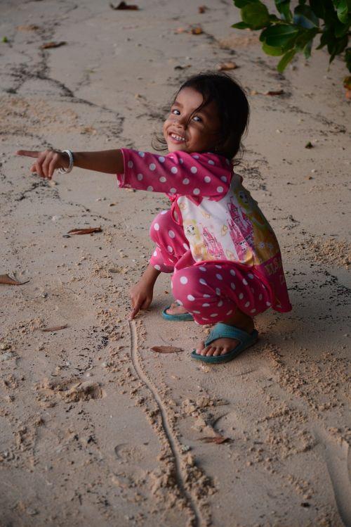 sand child people