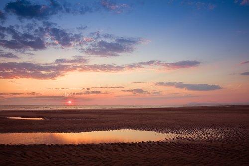 sand  sea  sun