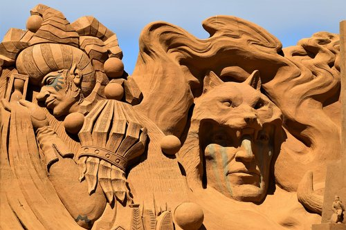 sand sculpture  sand  art